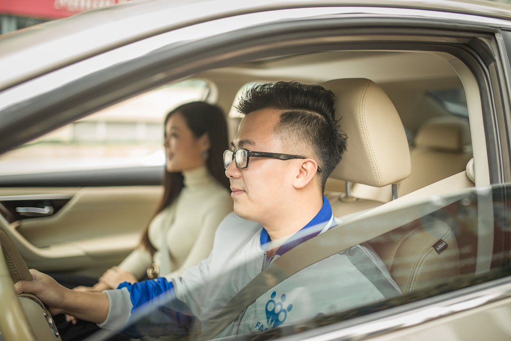 FastGo chuẩn bị ra mắt dịch vụ FastLux, thay đổi nhận diện thương hiệu mới | FastGo sẽ ra mặt dịch vụ gọi xe sang FastLux từ ngày 1/8