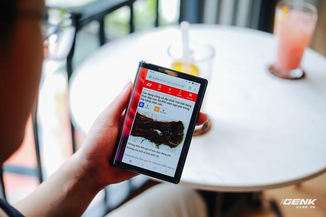 Trên tay Royole FlexPai: Smartphone màn hình gập đầu tiên trên thế giới - Ảnh 18.