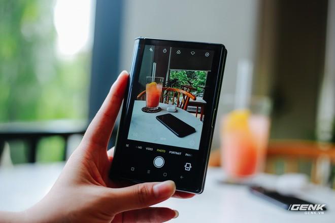 Trên tay Royole FlexPai: Smartphone màn hình gập đầu tiên trên thế giới - Ảnh 28.