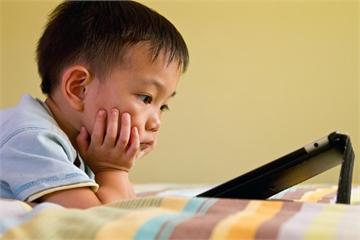 Được mua điện thoại để học, 57% trẻ em sẽ dùng để chơi game