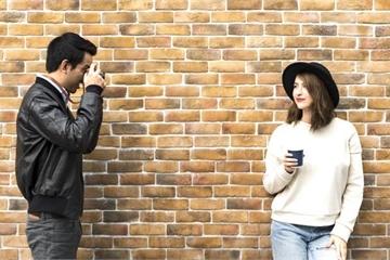 'Ông chồng Instagram' đằng sau những tấm ảnh 'sống ảo' triệu like