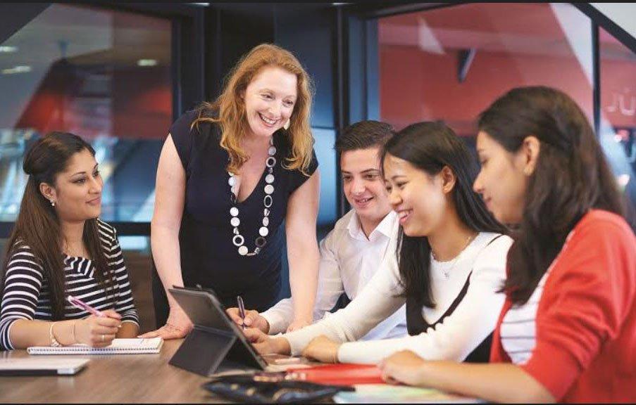 Đại học RMIT Việt Nam mở ngành đào tạo mới Kinh doanh kỹ thuật số | RMIT Việt Nam mở 2 ngành mới Quản trị Nguồn nhân lực và Kinh doanh Kỹ thuật số | Ngành mới Kinh doanh kỹ thuật số của RMIT Việt Nam đón lứa sinh viên đầu tiên vào tháng 10/2019