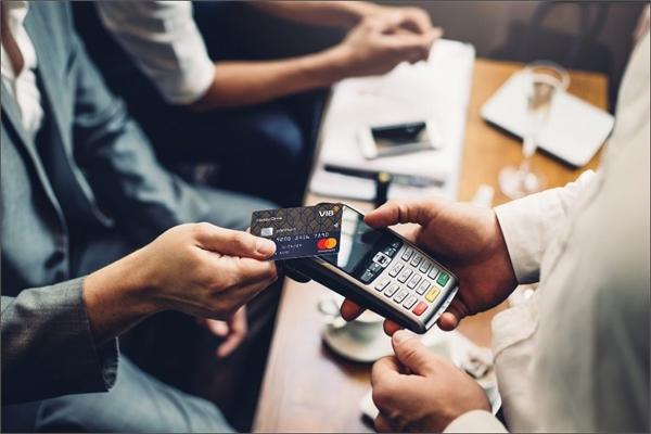 VIB đưa công nghệ Smart Card vào các loại thẻ tín dụng mới, rút ngắn thời gian chờ phát hành