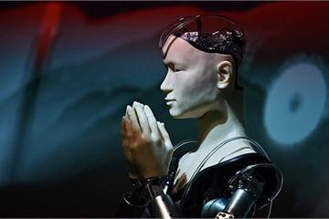 Một ngôi đền tại Nhật Bản mang robot triệu USD về làm thầy tu, thuyết giảng Phật giáo cho du khách