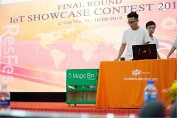 Sinh viên công nghệ ứng dụng AI và IoT sáng chế thùng rác thông minh bảo vệ môi trường