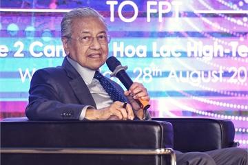 Thủ tướng Malaysia: Với CMCN 4.0, Malaysia hy vọng sẽ trở thành quốc gia phát triển bền vững trước 2025