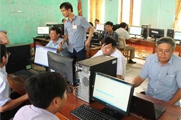 Kiểm tra năng lực ứng dụng CNTT trong dịch vụ công trực tuyến của cán bộ cơ sở Hà Tĩnh