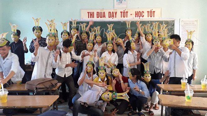 Đèn lồng trà sữa và loạt ý tường lầy lội của học sinh ngày Trung thu