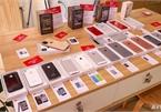 """Tham quan triển lãm iPhone với bộ sưu tập """"xác"""" cực độc tại Hà Nội, có cả """"cụ"""" iPhone 2G và """"chắt"""" iPhone 11 Pro"""