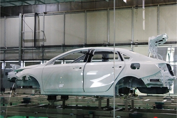 Kia Cerato và Sedona lắp ráp tại Việt Nam sẽ xuất khẩu sang Thái Lan và Myanmar vào năm sau