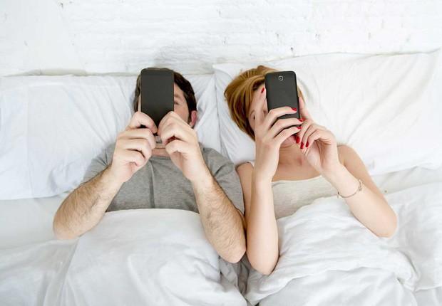 Khoa học chứng minh: Cặp đôi nào càng đăng công khai nhiều ảnh, càng dễ... đứt gánh - Ảnh 3.
