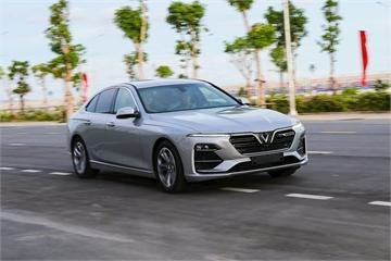 VinFast đem 30 chiếc Lux cho khách hàng lái thử cùng chuyên gia quốc tế