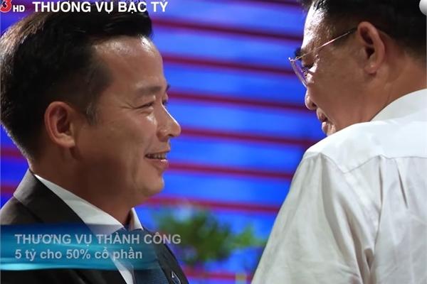"""Sau khi quyết định """"điên cùng nhau"""" với dự án tua bin gió, Shark Việt nói gì?"""