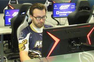 Thể thao điện tử lên ngôi, game thủ trở thành nghề hot: Có bằng cấp và thu nhập lên đến hàng nghìn USD