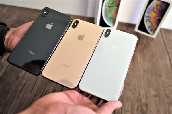 iPhone lock My bat ngo duoc len doi quoc te mien phi tai Viet Nam hinh anh 2