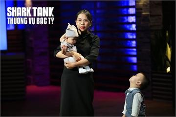 """Shark Tank mùa 3 tập 12: Từ chối Shark Linh, """"mẹ bỉm sữa"""" chọn Shark Việt vi """"cảm thấy đồng cảm"""""""