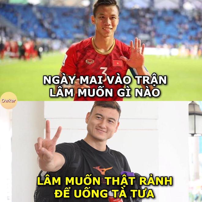 Anh che 'Van Lam muon ranh de uong ta tua' truoc tran gap Malaysia hinh anh 3