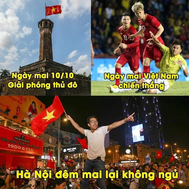Anh che 'Van Lam muon ranh de uong ta tua' truoc tran gap Malaysia hinh anh 1