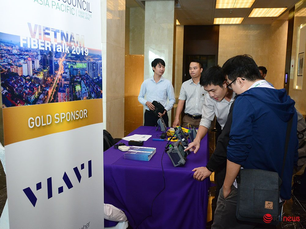 Bộ TT&TT sẽ sớm công bố lộ trình tắt sóng công nghệ 2G tại Việt Nam | Việt Nam hiệncó hơn 14 triệu thuê bao băng rộng cố định | 5G được thương mại hóa, vai trò của hệ thống cáp quang sẽ càng quan trọng |