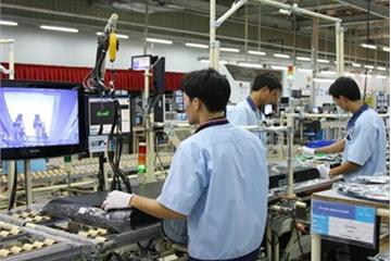VietnamWorks: Điện-Điện tử xếp thứ 3 trong Top 10 ngành nghề có nhu cầu tuyển dụng cao