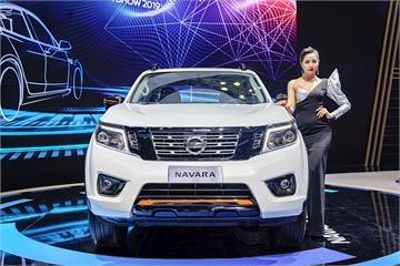 Nisan Livina lỡ hẹn, Nissan Việt Nam trở lại với Navara Black Edition A-IVI
