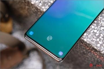Người dùng Việt chính thức nhận bản vá lỗi cho Galaxy S10, Note 10
