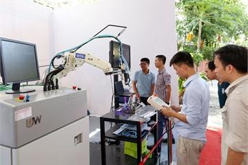 """VINASA và Tổng cục Giáo dục nghề nghiệp """"bắt tay"""" nâng cao kỹ năng lao động Việt trong cách mạng 4.0"""
