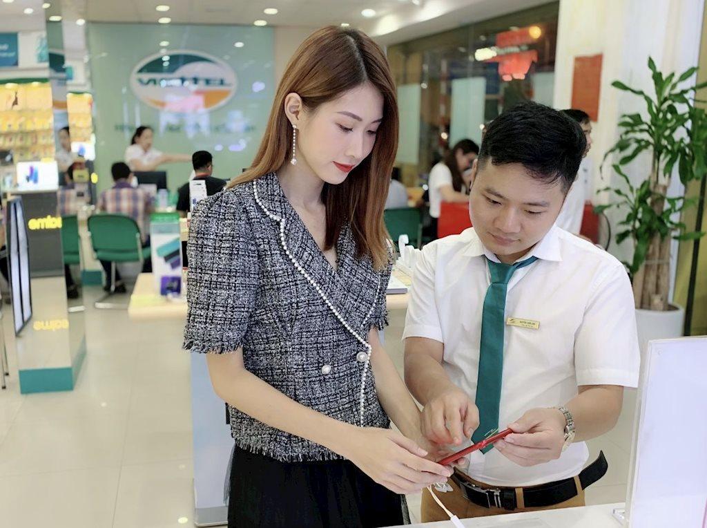b1-bang-gia-iphone-11-chinh-hang-viettel-store-gia-iphone-11-pro-max-viettel-store.jpg