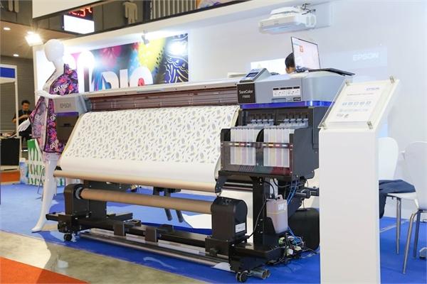"""Epson ra mắt chiến dịch """"Go Big"""" giới thiệu giải pháp in ấn thương mại và công nghiệp"""
