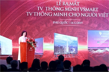 """Tỷ phú Phạm Nhật Vượng """"tham chiến"""" thị trường Tivi thông minh với 5 mẫu có giá bán từ 8,69 – 16,99 triệu đồng"""