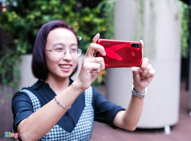 Loat smartphone dang chu y vua ban ra tai Viet Nam hinh anh 5 realme_5s_zing_22_1.jpg