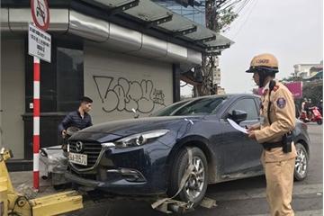 """Phát hiện xe ô tô sử dụng thiết bị """"thay đổi"""" biển số, Cảnh sát giao thông sẽ tạm giữ xe"""