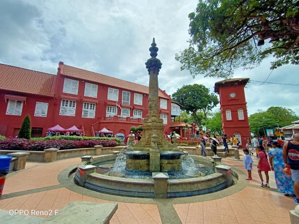 Một ngày đi hết thành phố di sản Melaka ở Malaysia qua ống kính OPPO Reno2 F - Ảnh 1.