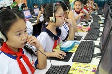 """Bộ trưởng Phùng Xuân Nhạ: """"Sẽ đào tạo bắt buộc CNTT cho học sinh từ lớp 3 để hình thành công dân số tương lai"""""""
