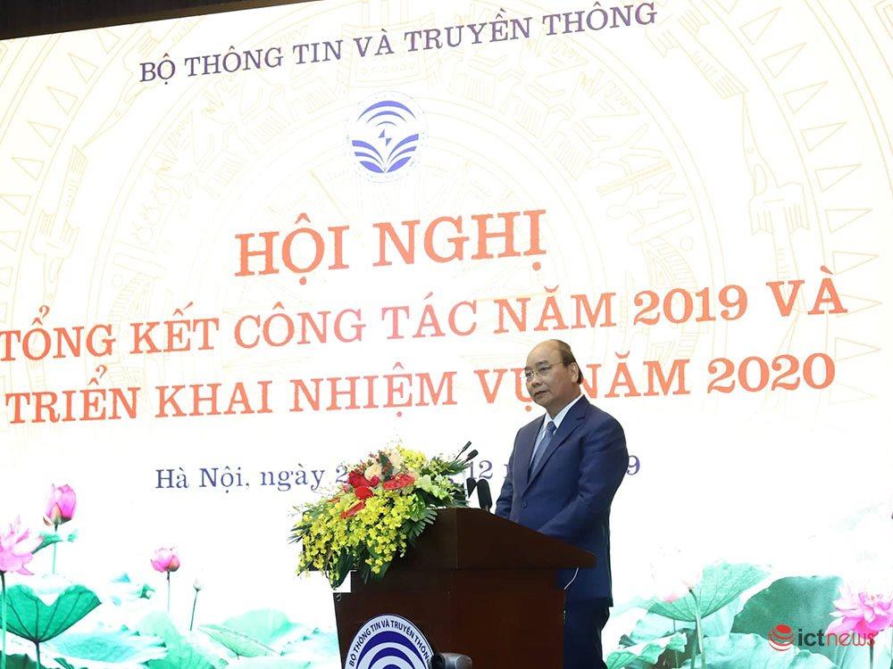Bộ TT&TT có nhiệm vụ nâng cao thứ hạng về phát triển Chính phủ điện tử của Việt Nam |Thủ tướng: Nhận nhiệm vụ thường trực về xây dựng Chính phủ điện tử, Bộ TT&TT đã làm được một số việc quan trọng