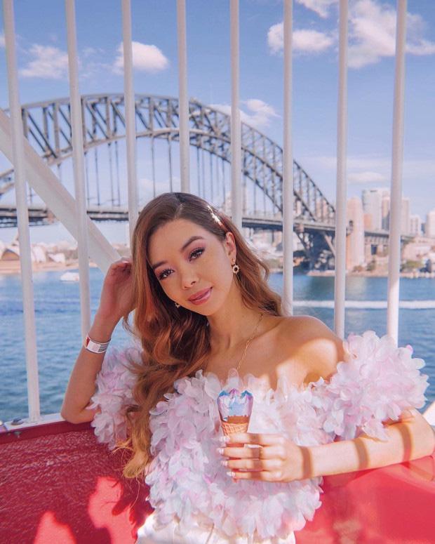 Nữ blogger du lịch kiếm được tiền tỷ trong năm 2019 và lọt top những người có sức ảnh hưởng trên Instagram bằng việc đăng ảnh - Ảnh 1.