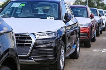 Ô tô đại hạ giá vẫn tồn kho lớn, lượng xe nhập khẩu về Việt Nam giảm mạnh