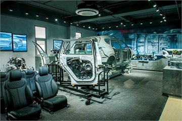 TC Motor khai trương Trung tâm trải nghiệm xe Hyundai đầu tiên tại Việt Nam: Khách hàng trải nghiệm cảm giác lái như thật nhờ công nghệ thực tế ảo