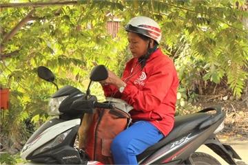 Nữ tài xế 64 tuổi: Hạnh phúc là được làm chủ chính mình