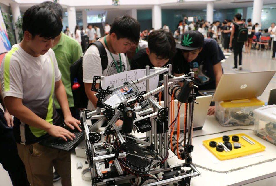 Khai mạc cuộc thi Robotics cho học sinh phổ thông Vietnam STEAM Challenge 2020 | Vietnam STEAM Challenge 2020