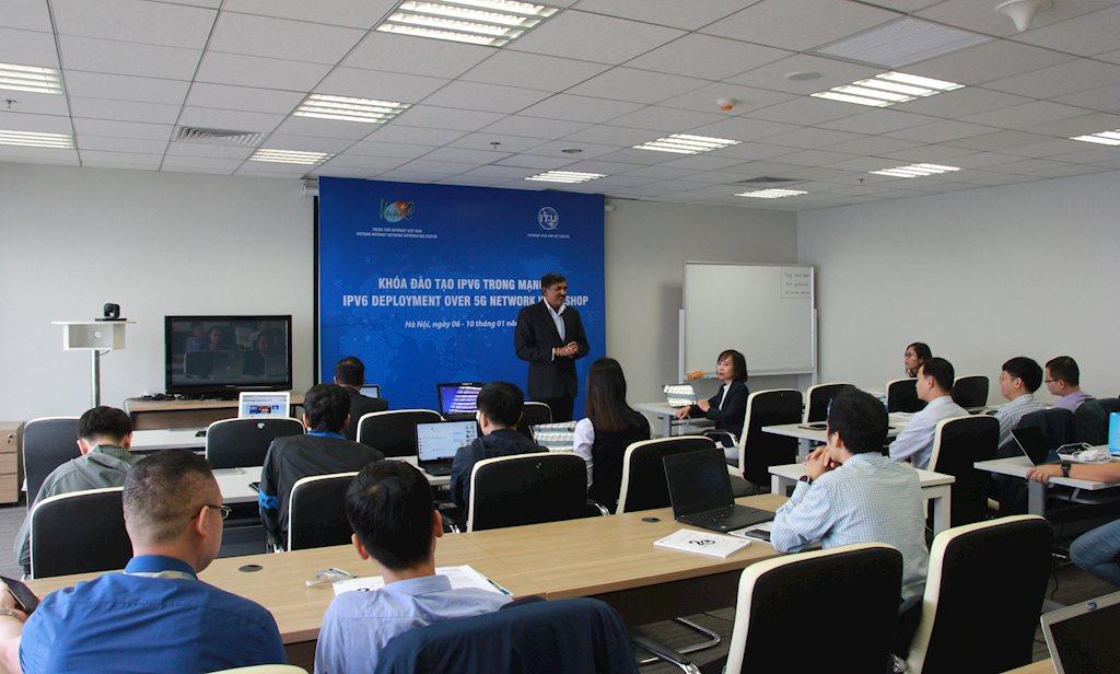 20 kỹ sư của 4 Viettel, VNPT, MobiFone và Vietnamobile được ITU đào tạo vể triển khai Ipv6 cho 5G | Việt Nam là nước đầu tiên trong khu vực APAC được ITU chọn đào tạo triển khai IPv6 cho mạng 5G