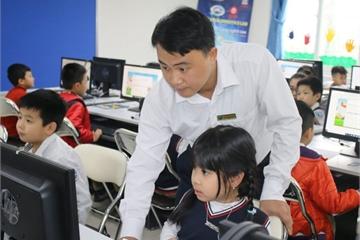 Mở vòng thi cấp trường cuộc thi giải Toán, Vật lí qua mạng năm học 2019 – 2020
