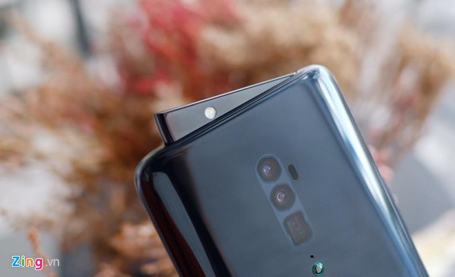 Loat smartphone cao cap gia duoi 10 trieu, dang chu y dip Tet hinh anh 3 reno_zing.jpg