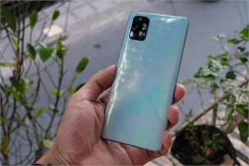 Hình ảnh chi tiết Galaxy A71: 4 camera, pin dung lượng cao, giá bán 10,49 triệu đồng