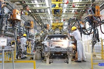 Nhà máy thông minh vươn lên từ vùng đất cằn