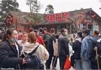 Dân Trung Quốc ồ ạt đi du lịch giữa dịch Covid-19
