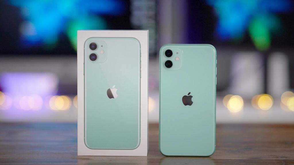 iPhone xach tay VN sap het hang de ban vi virus corona hinh anh 1 iPhone11Green9to5Mac.jpg