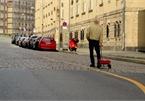 Kéo lê 99 smartphone ngoài đường để giả kẹt xe đánh lừa Google Maps