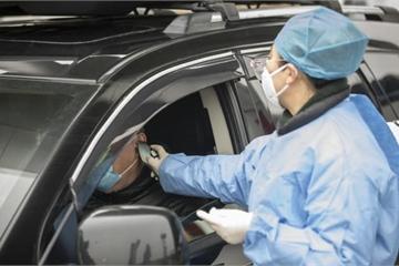Tài xế taxi công nghệ phân biệt đối xử hành khách châu Á vì dịch viêm phổi Corona