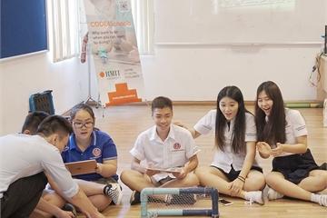 CODE4Schools tạo cơ hội cho học sinh Việt Nam được trải nghiệm viết code thực tế